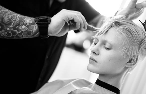 Matrix Haircare Artistic Director Chrystofer Benson In Action 4