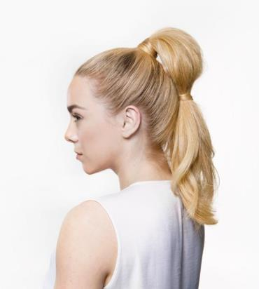 kelly-blonde-pony-tail.jpg